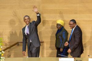 Ex-US Präsident Barack Obama winkt