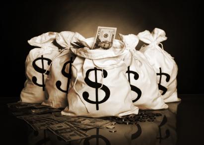 Mehr Finanzierungen, aber weniger Geld