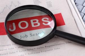 Lupe welches auf eine Jobs suche gerichtet ist