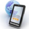 Darstellung eines Smartphones vor einer Weltkugel