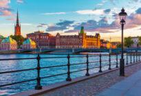 Sonnenuntergang über den Häusern von Stockholm