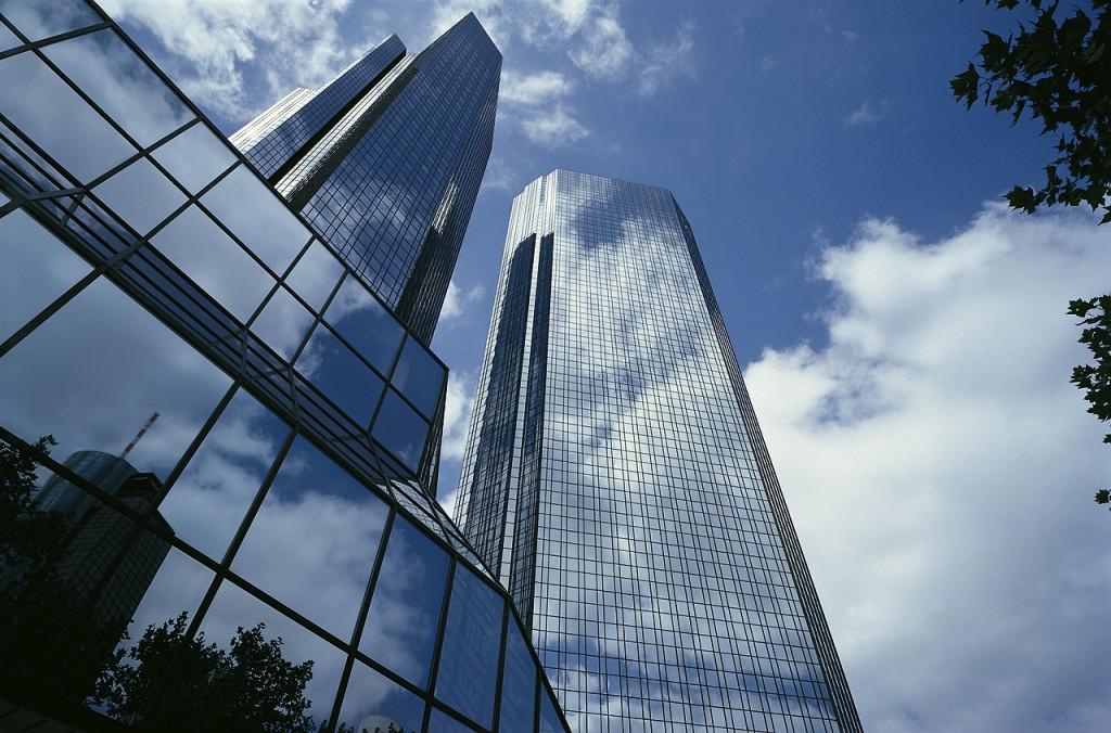 Deutsche Bank kündigt Postbank-Übernahme an