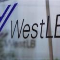 west lb logo auf einer glas scheibe