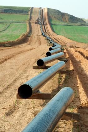 Oettinger regt Kooperation bei Gaspipeline-Projekten an
