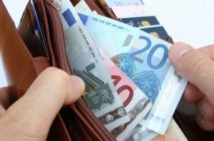 Euro scheine in einem Portemonnaie