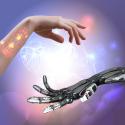 Frauen- und Roboterhand auf abstraktem techno Hintergrund