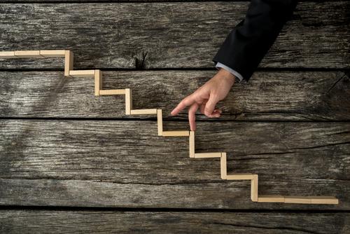 Wie Sie in 6 Schritten Großaufträge von Kunden gewinnen