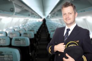 Pilot in einem Passagier Flugzeug