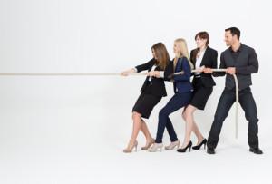 Ziehen Sie bei der Gehaltsverhandlung keine Vergleiche mit anderen Kollegen oder Mitarbeitern. Überzeugen Sie mit Ihren eigenen Stärken. Foto: Depositphoto.com