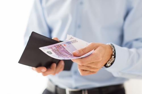 Mindestlohn führt eher zu Preiserhöhungen als Entlassungen