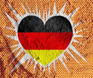 Deutschland Flagge in einem Herzen