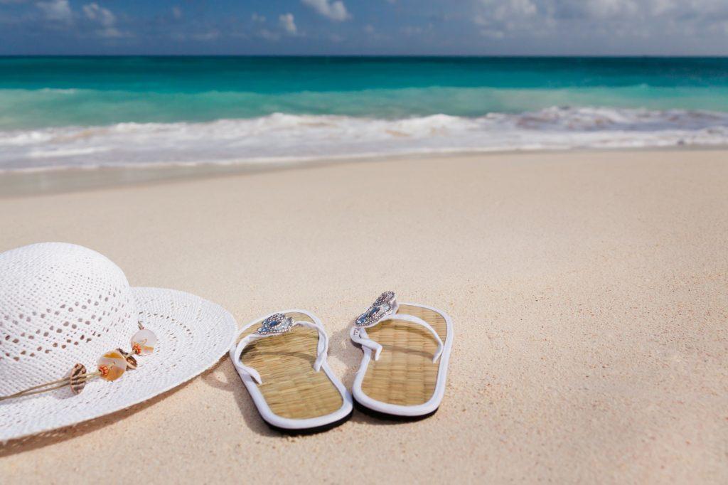 Wochen den Lohn oder das Gehalt weiter zu bezahlen. Diese Regelung wird zunehmend mehr von Arbeitnehmer dazu missbraucht, statt einen Urlaubtag zu opfern, sich für einige Tage krankzuschreiben zu lassen. Bildquelle: Depositphoto.com