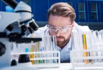 Forschung: Wissenschaftler im Labor
