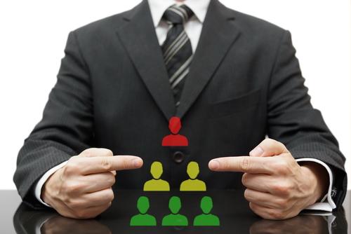 Wie Sie flache Hierarchien im Unternehmen einführen