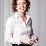 Porträtfoto von Nancy Rienow von den Carl Duisburg Centren