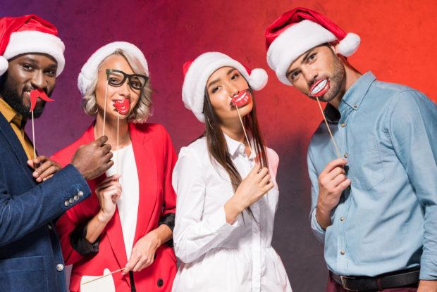 Wie verhalten Sie sich am besten auf der Weihnachtsfeier Ihrer Firma?