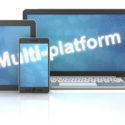 Smartphone, Tablet und Laptop mit Multi-Plattform-Wort