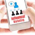 Influencer Marketing auf einem Handy
