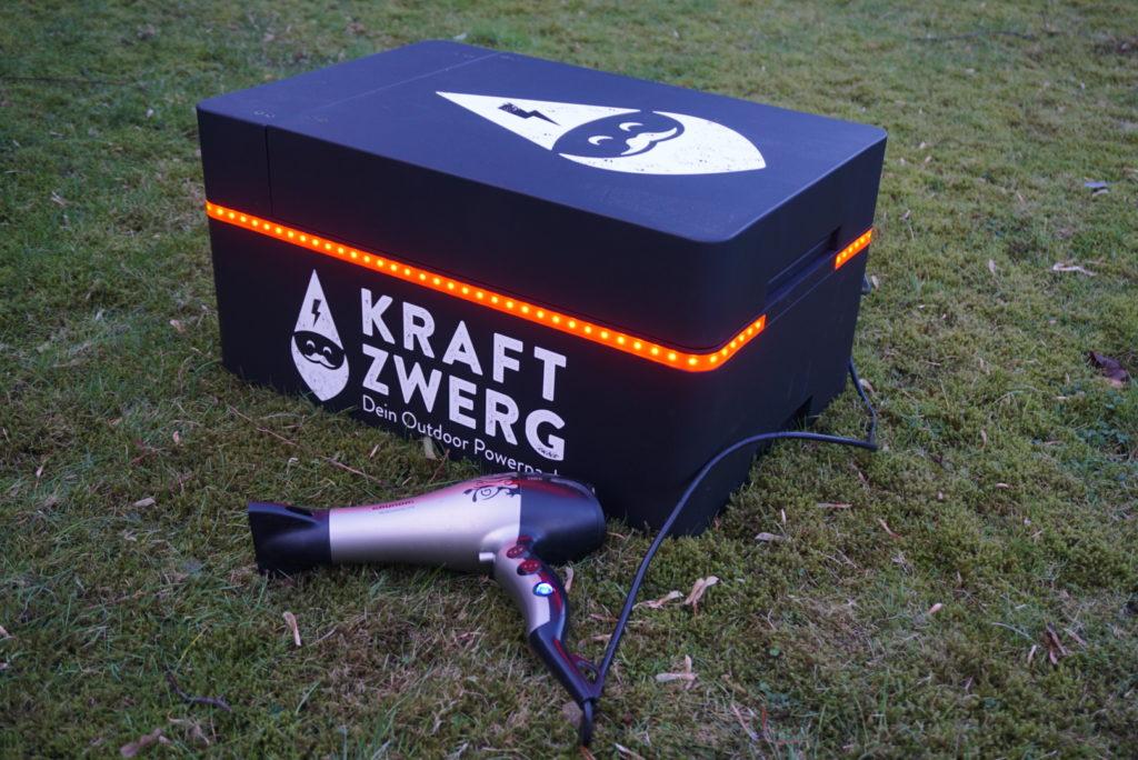 Mit einem Outdoor-Akku für genügend Strom sorgen
