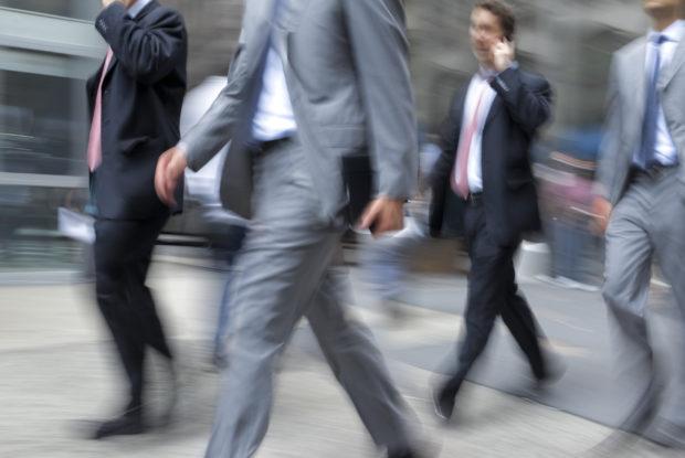 Das perfekte Businessoutfit: Tipps für ein kompetentes Auftreten im Job