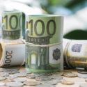 Eurobanknoten und Münzen