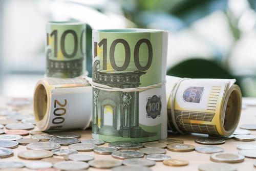Karrierestufen und Gehälter auf den Weg zum Chief Financial Officer (CFO)