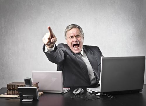 Schlagfertigkeit: Erfolgreich Provokationen im Job abwehren