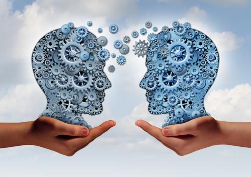 Konsumenten ziehen Sprach- und Chat-Assistenten echten Menschen vor