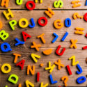 Bunte Plastikbuchstaben