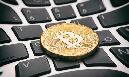 Bitcoin als Zahlungsmittel akzeptieren – lohnt sich das für Online-Händler?