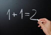 Einfache Mathematik auf Tafel