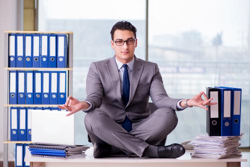 So können Manager mit Yoga ihre Führungsqualitäten verbessern