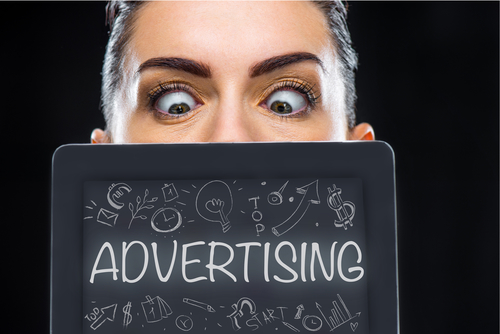 Jeder zweite Social-Media-Nutzer kann Werbung von Inhalt nur schwer unterscheiden