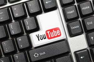 Computertastatur mit Youtube-Taste