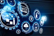 Smart factory und Industrie 4.0 tauschen Daten in der Cloud mit dem Internet of Things (IoT) aus