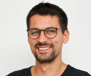 Porträtfoto vom Gründer und Geschäftsführer Bruno Giovanni der Agentur fokus digital