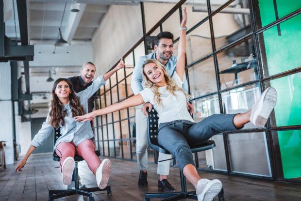 7 Tipps, wie Sie am Arbeitsplatz körperlich fit bleiben