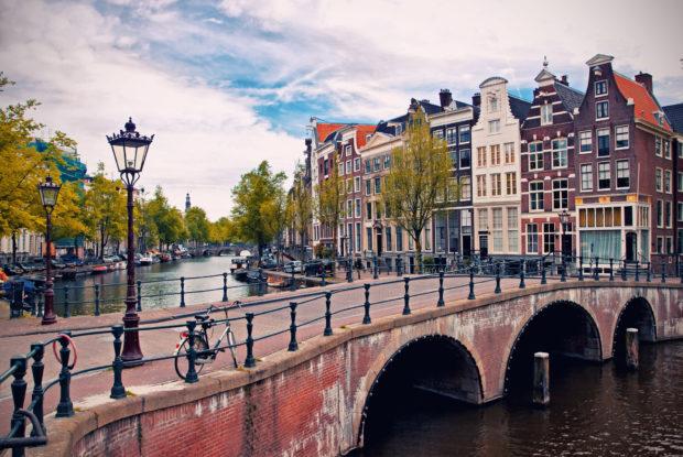 Erfolgreich arbeiten mit niederländischen Geschäftspartnern