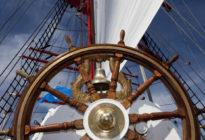 Steuerrad eines Segelboots