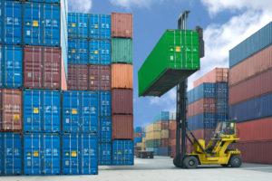 Logistik: Kisten werden verfrachtet