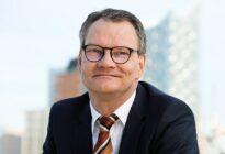 Porträtfoto von Jörg Schmidt, Rechtsanwalt und Diplom Übersetzer von LegalSection