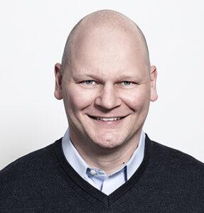 Porträtfoto von Tim Schütte, Geschäftsführer von paychex Deutschland
