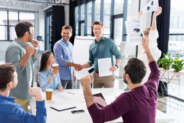 Deutlich weniger Start-ups kooperieren mit Mittelstand und Konzernen