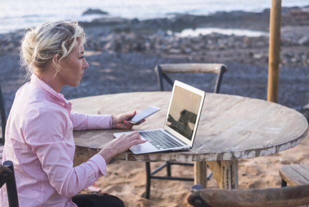 Digitale Nomaden: Home-Office im Ausland