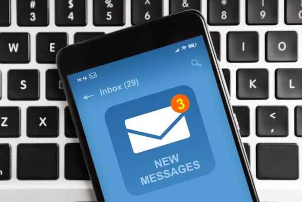 Smartphone mit E Mail