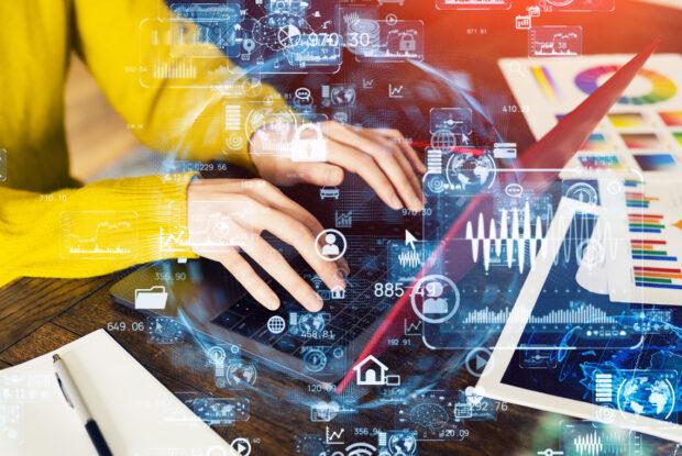 Unternehmen beschleunigen die Einführung von künstlicher Intelligenz