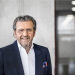Porträtfoto von Dr. Stefan Wolf von ElringKlinger
